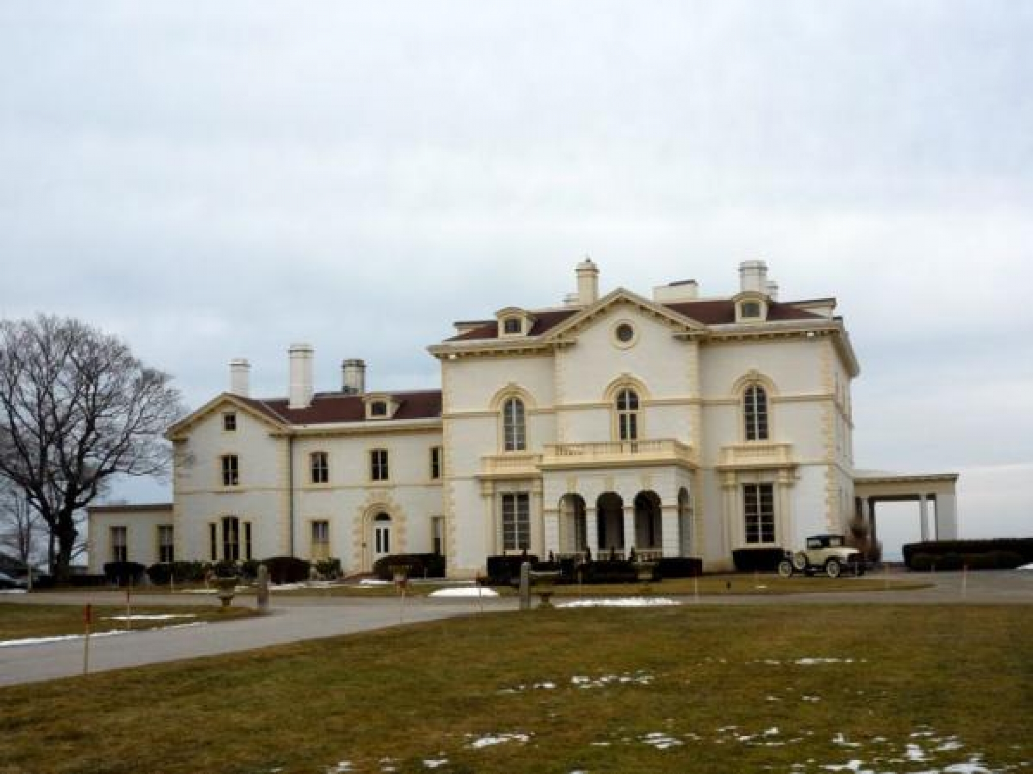 Haunting of astors beechwood mansion haunted places in for The beechwood